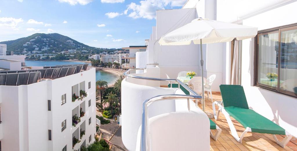 Apartamentos bon lloc santa eularia des riu u prezzi aggiornati