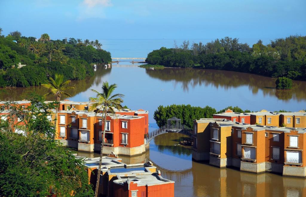 Les Chamblynes Villas Baie Du Tombeau Mauritius