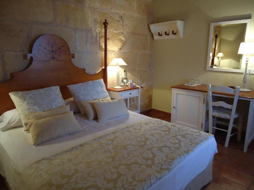boutique hotels menorca  104