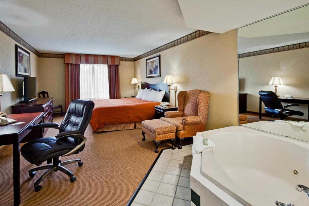 Country Inn Suites By Radisson Hot Springs Ar Motel