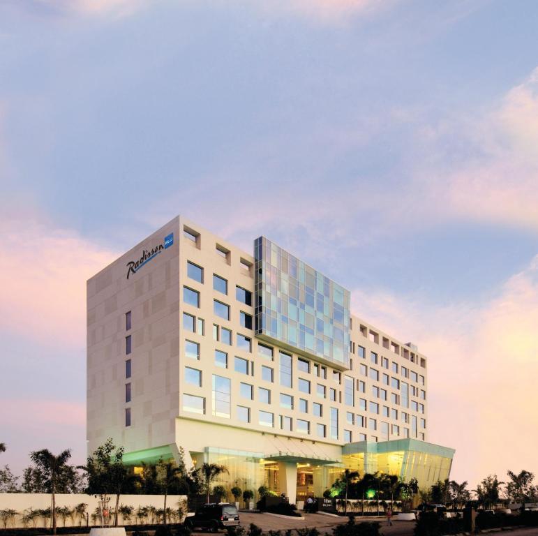 ラディソン ブル ホテル プネー カラディ(Radisson Blu Hotel Pune Kharadi)