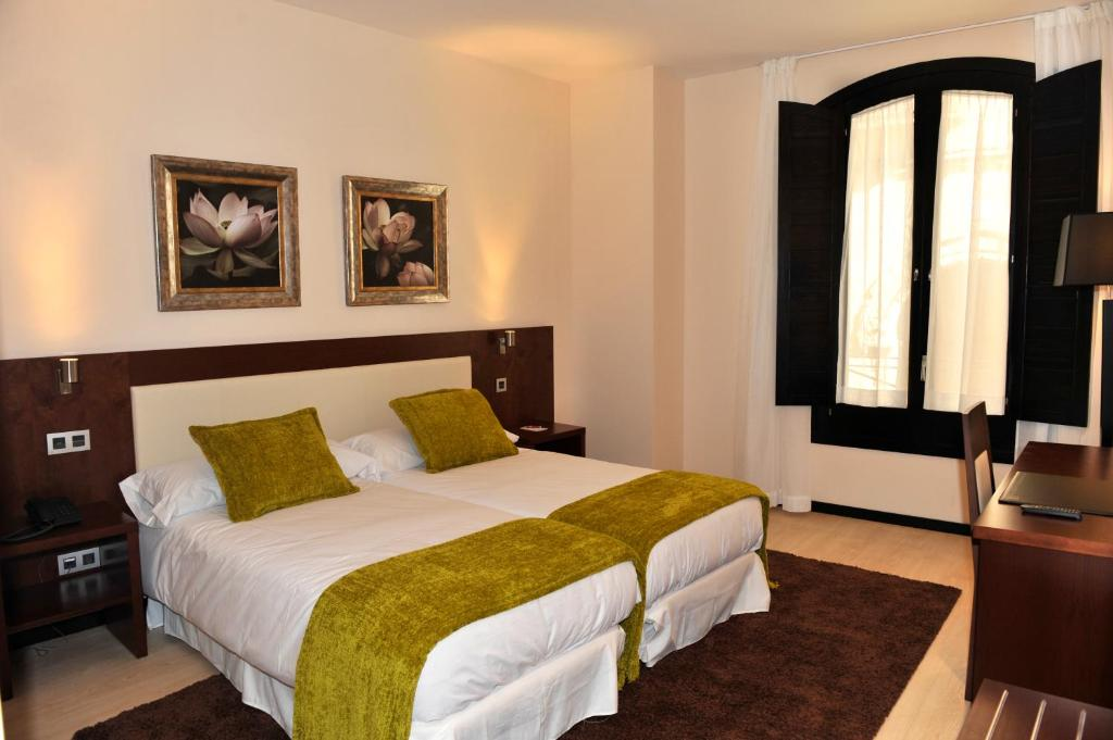 boutique hotels in segovia  35