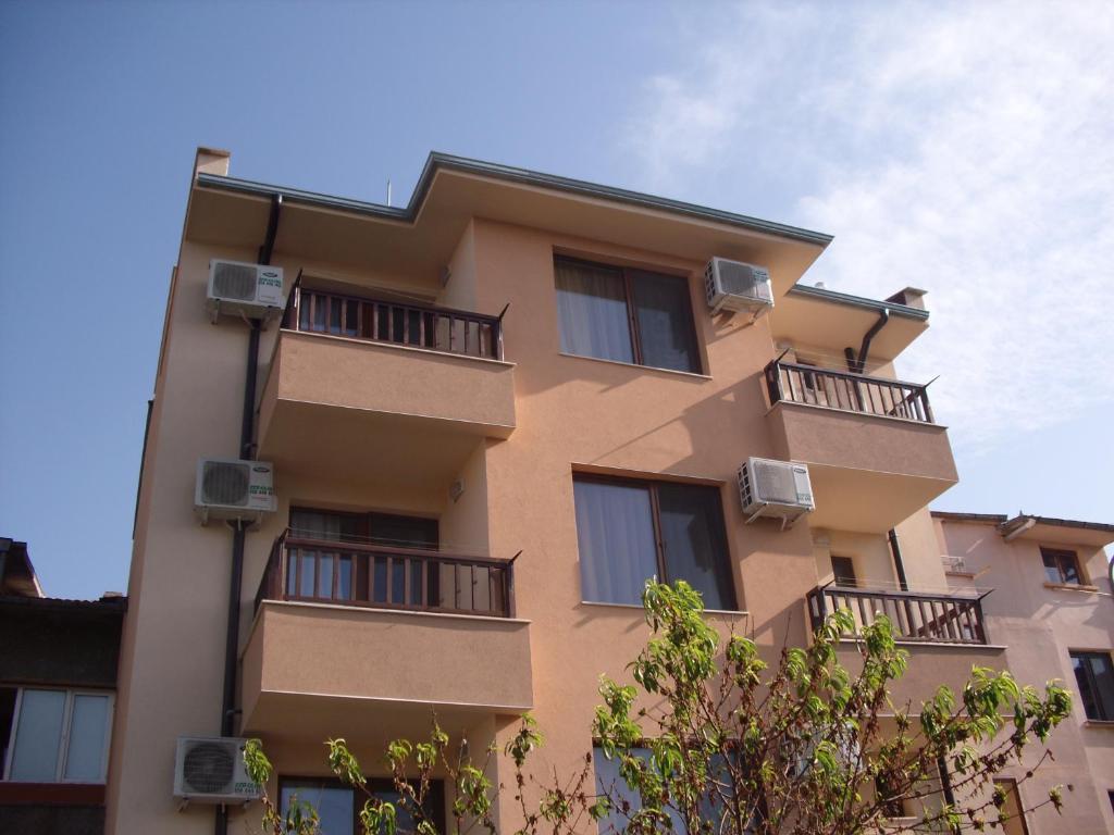 Хотел Семеен Малибу - Черноморец