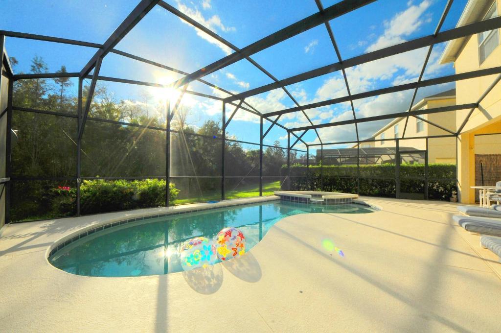 Close    Starmark Vacation Villas  Condo s. Villas  Condo s and Pool Homes  Kissimmee  FL   Booking com