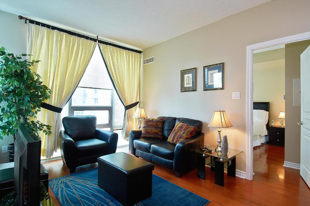 . Apartment Whitehall Furnished Apt  Mississauga  Canada   Booking com