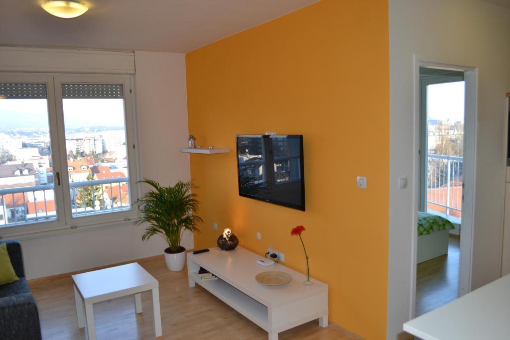 Sky Apartments Zagreb, Croatia - Booking.com