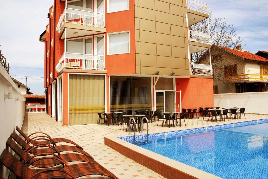 Хотел Виа Лакус - Сапарева Баня