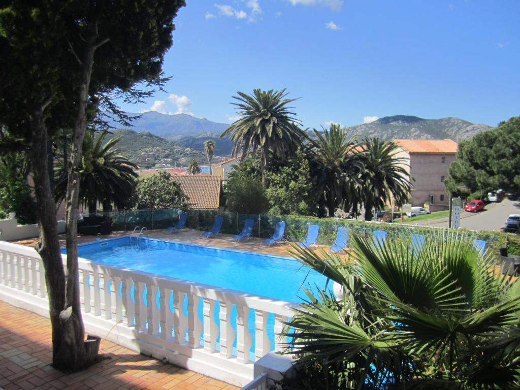 The swimming pool at or near Hotel Madame Mere