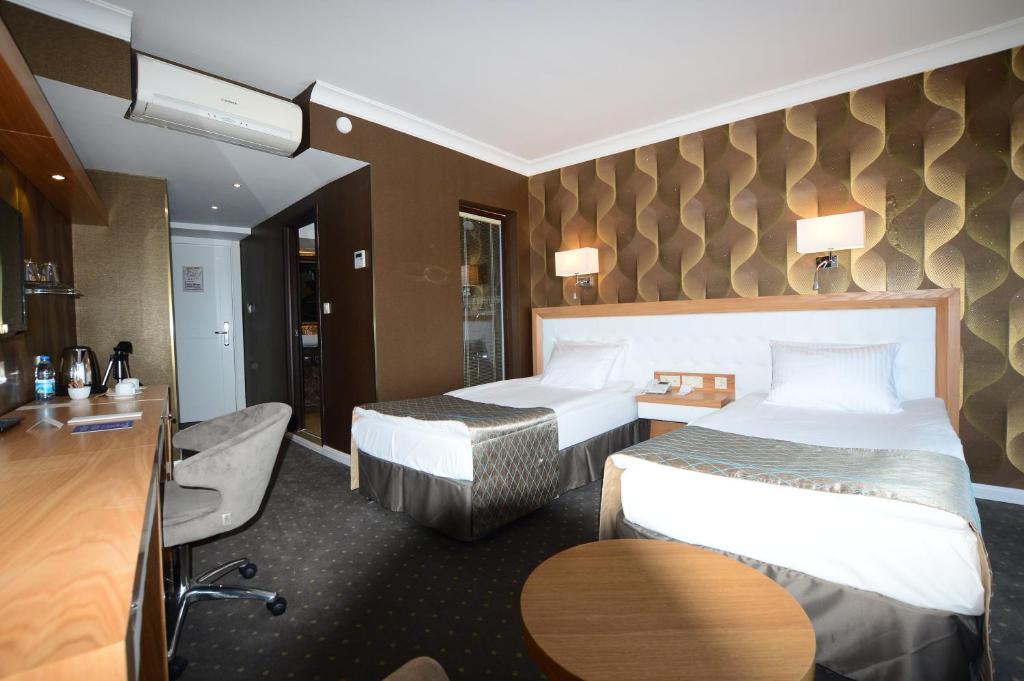 Akol Hotel