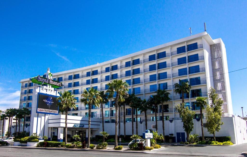 ロイヤル リゾート(Royal Resort)
