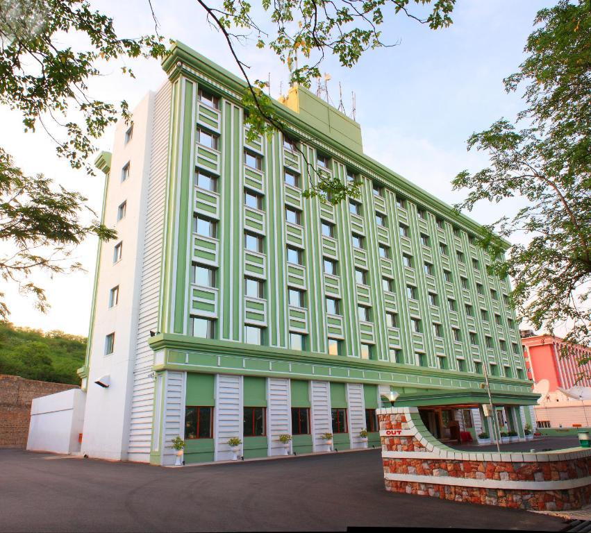 Hotel Tara Ramoji Film City