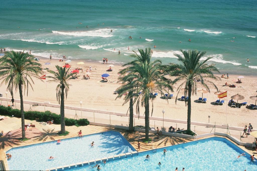 Hotel apartamentos londres la manga la manga del mar for Apparthotel londres