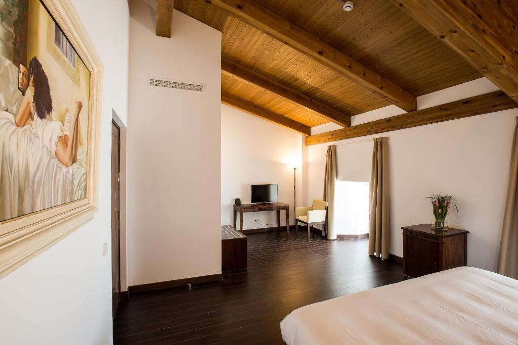 boutique hotels in belmonte  14