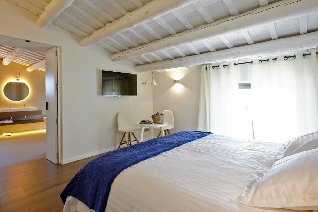 boutique hotels in pau  17