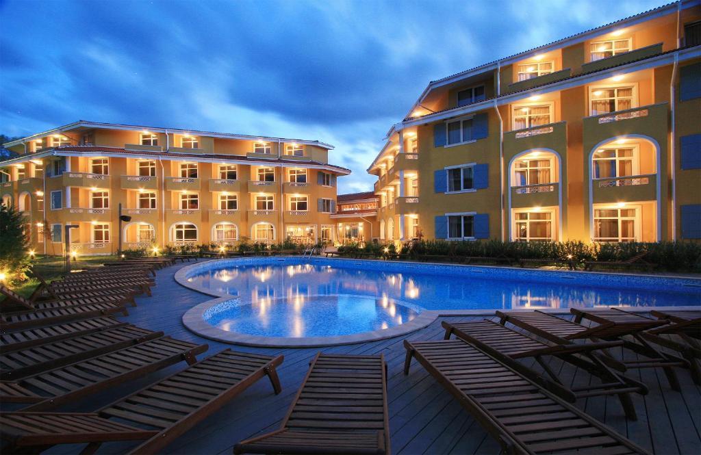 Хотел Хотелски комплекс Блу Ориндж - Созопол