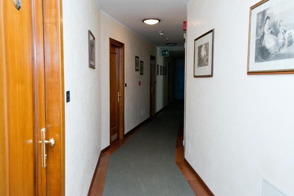Lini Hotel