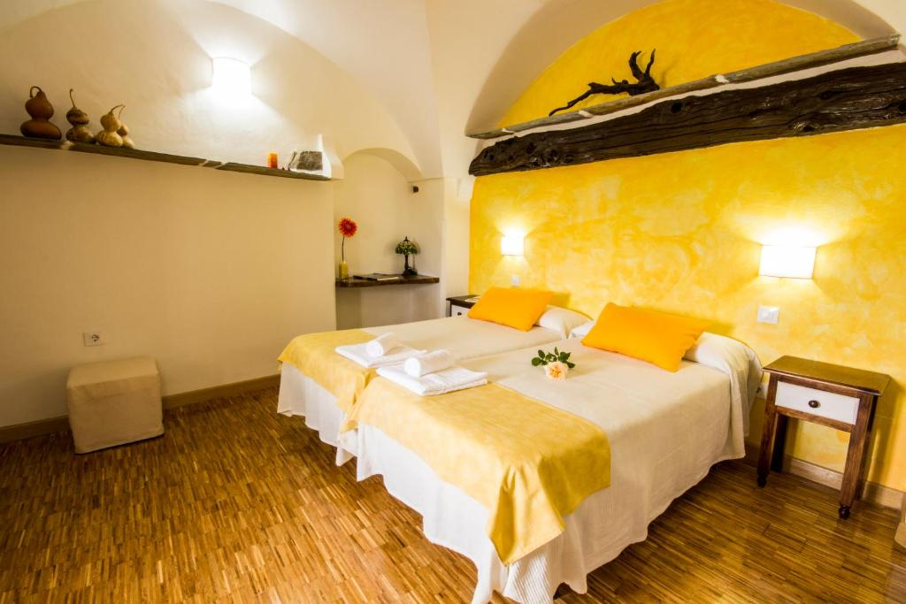 hotels with  charm in cáceres provincia 9