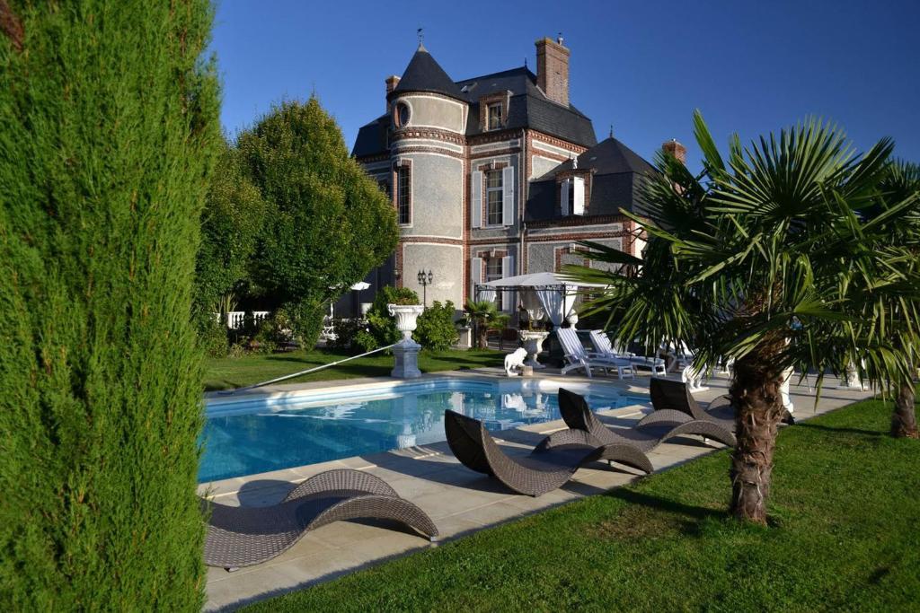 Chateau du mesnil la vieille lyre tarifs 2019 - Chambre d hote divonne les bains ...