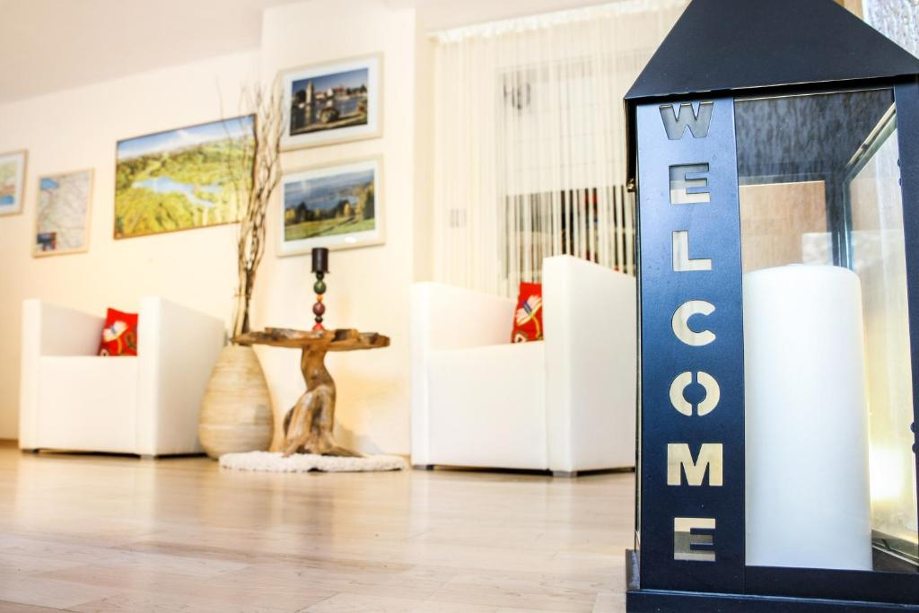 hotel reutiner hof deutschland lindau. Black Bedroom Furniture Sets. Home Design Ideas