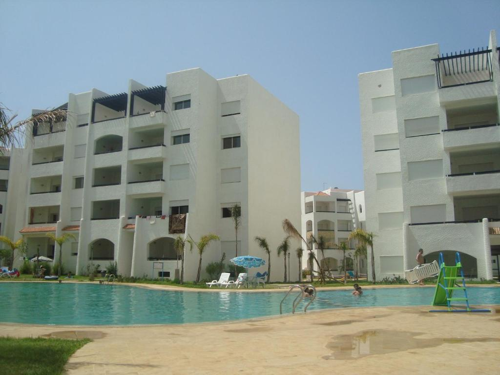 Appartement assilah marina golf asilah morocco for Booking appartement