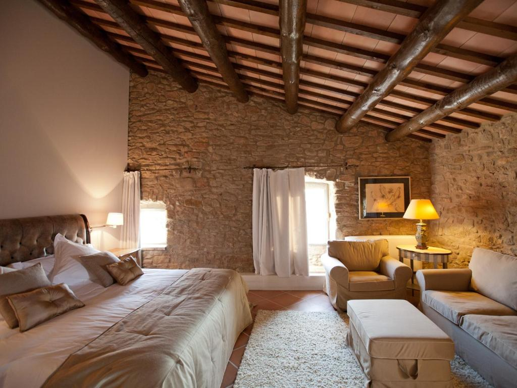 boutique hotels castelladral  11