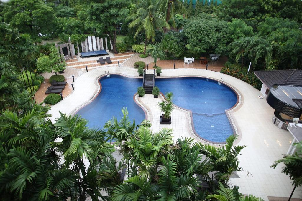 A view of the pool at SC Park Hotel or nearby