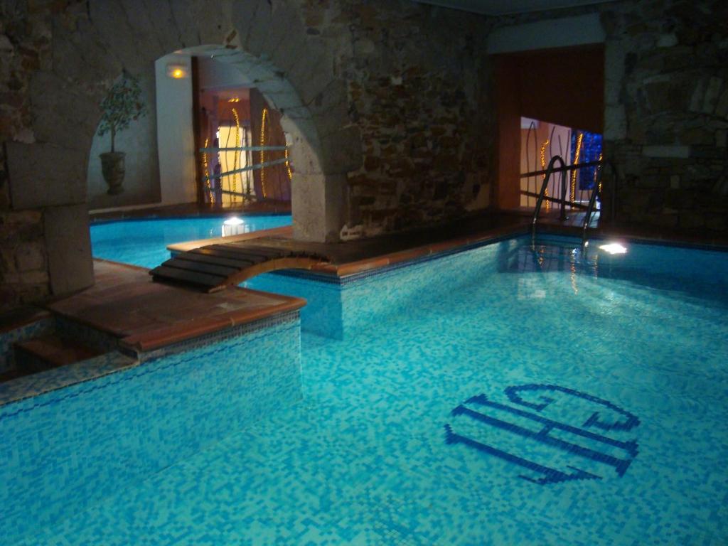 Grand hotel des terreaux lyon france for Pool show lyon france