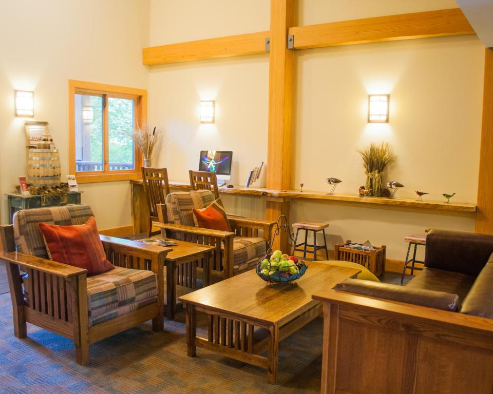 Minnewaska Lodge, Gardiner, NY - Booking com