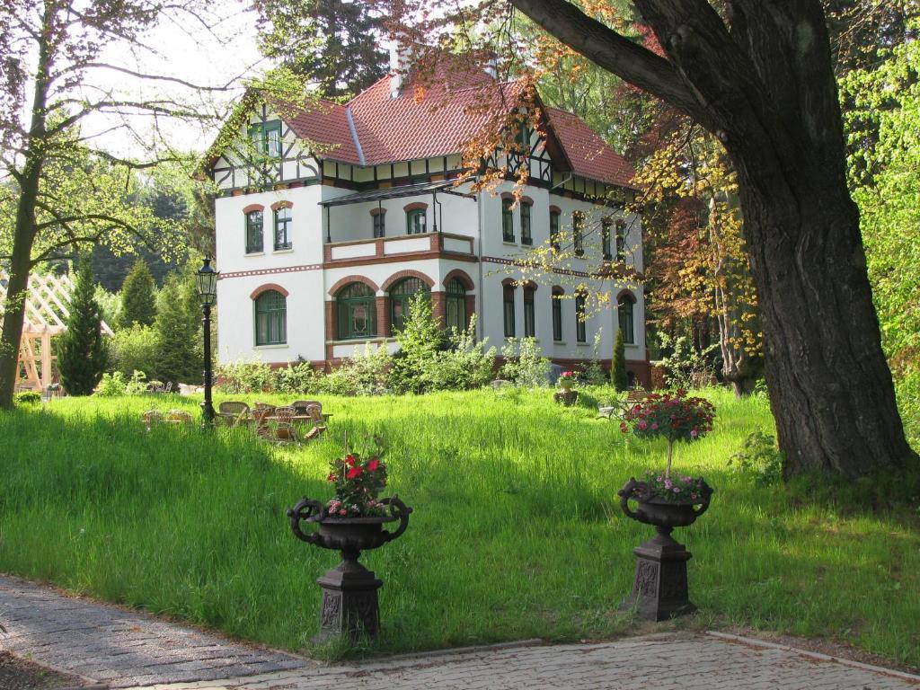 Pension villa uhlenhorst deutschland wernigerode for Pension wernigerode