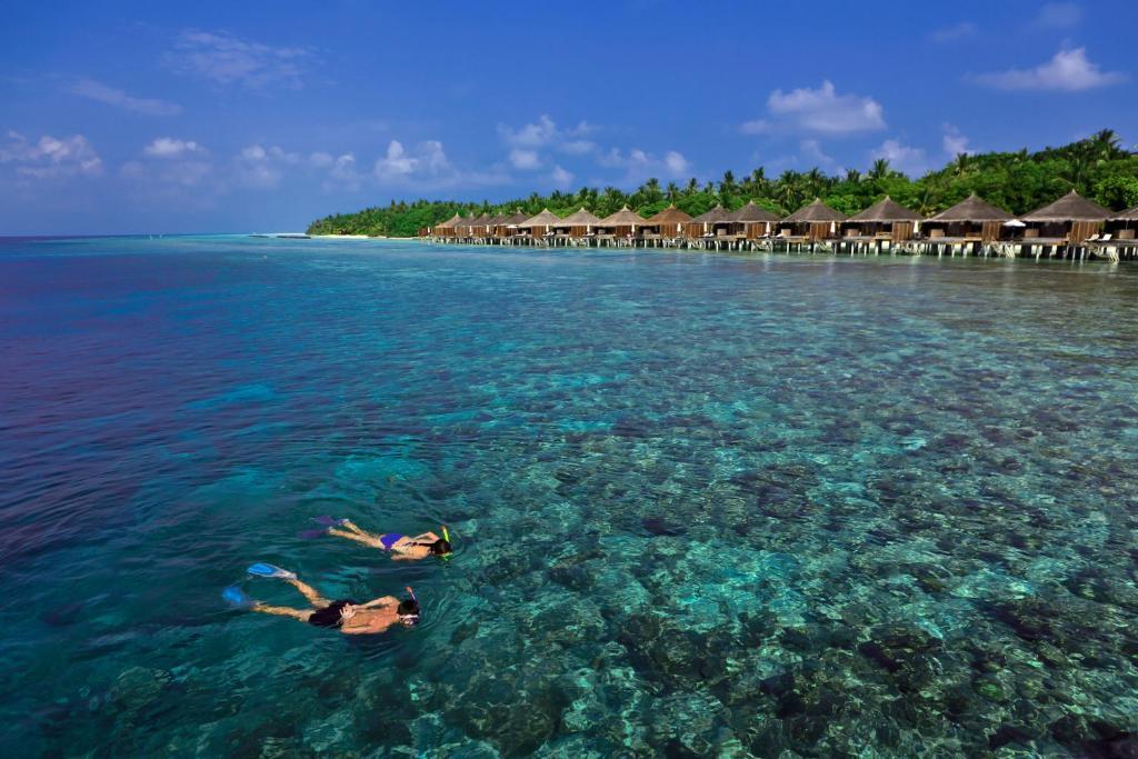 Kuramathi Maldives - Один из наших самых продаваемых 4-звездочных курортных отелей в Атолл-Расду!
