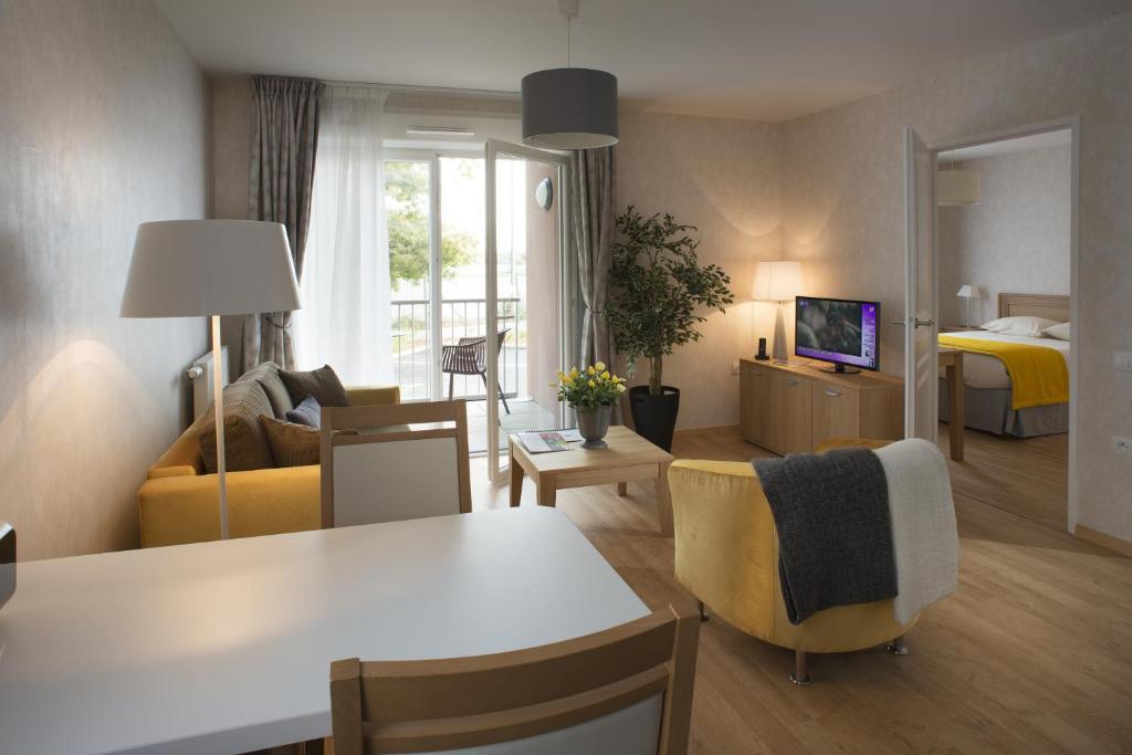 Apartments In Niherne Centre