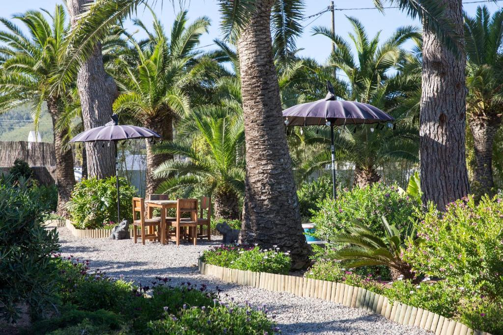 boutique hotels in santa eularia des riu  44