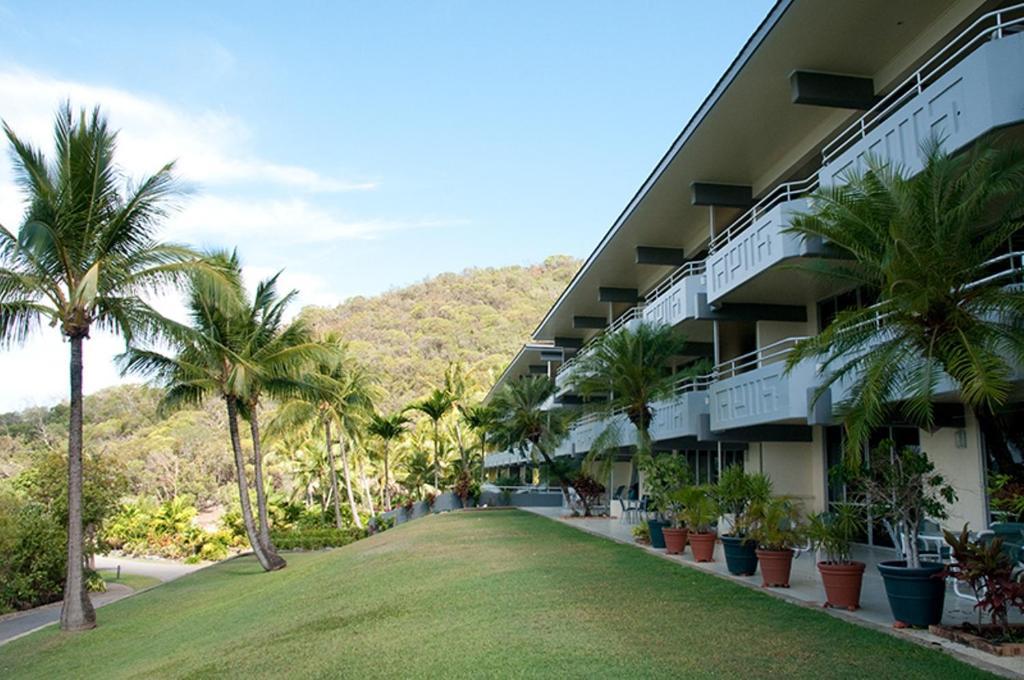 Frangipani Lodge  Hamilton Island