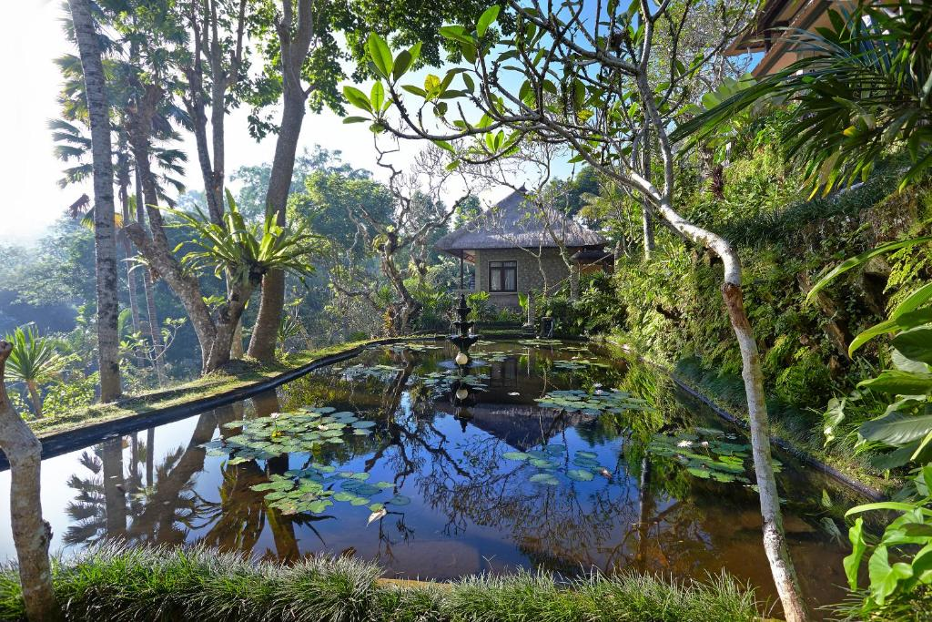 Hotel tjampuhan spa ubud indonesia for Top hotels in ubud bali