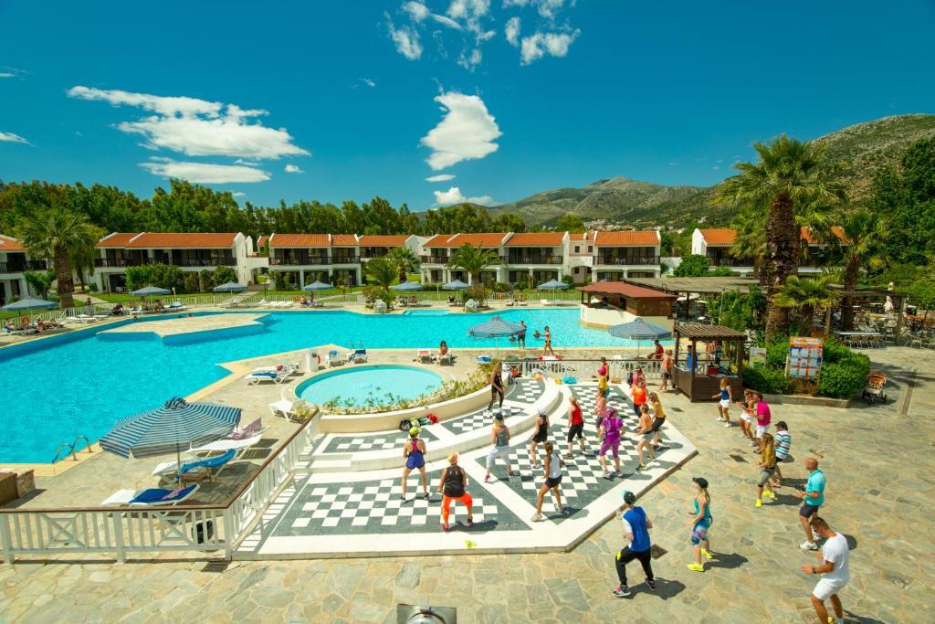 Golden Coast Hotel Attica, Marathón, Greece - Booking.com