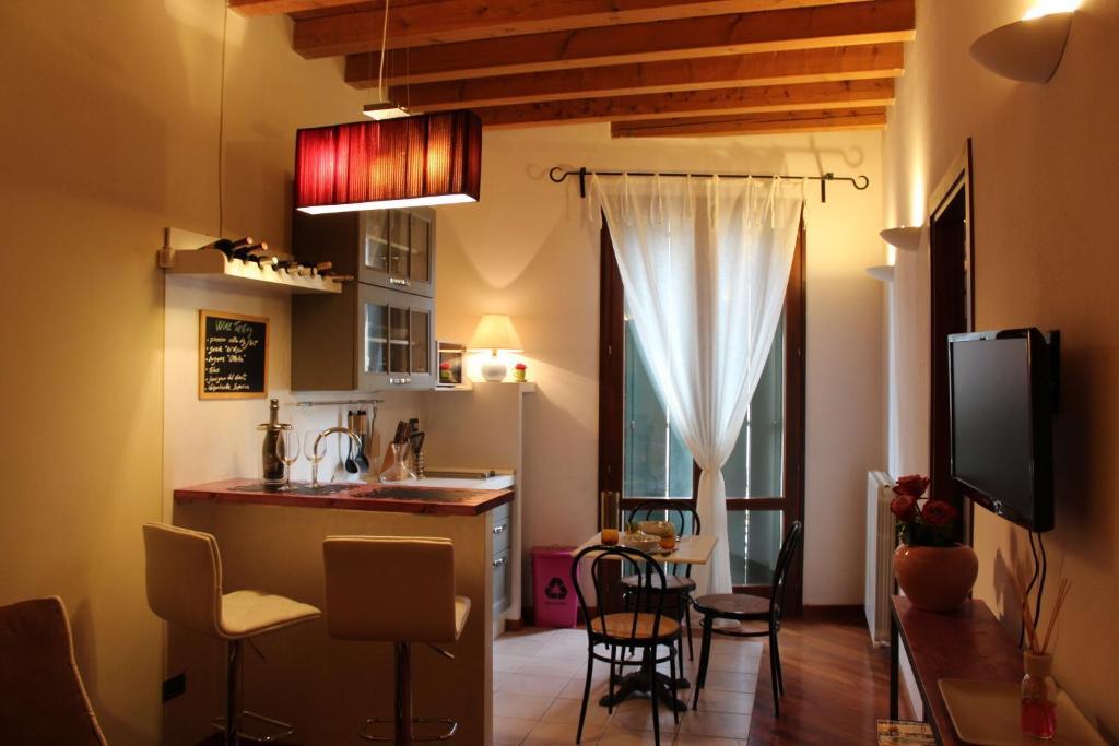 Originale Appartamento in Verona, Verona – Prezzi aggiornati per il 2018