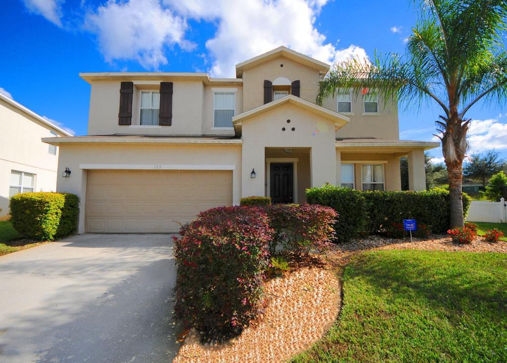 See all 45 photos  Close    Starmark Vacation Villas  Condo s. Villas  Condo s and Pool Homes  Kissimmee  FL   Booking com