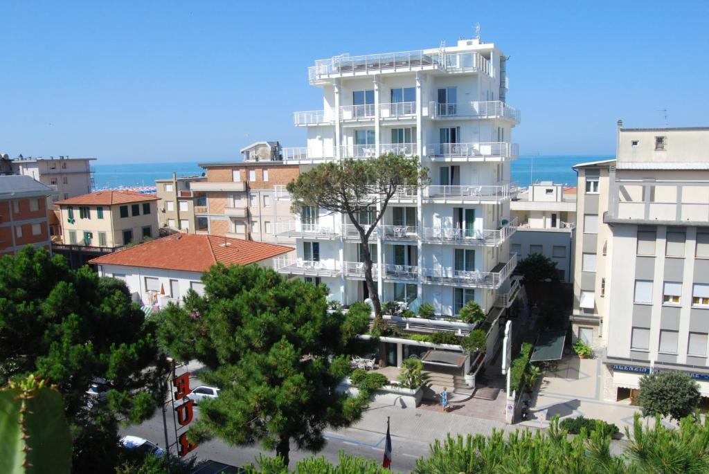 Hotel Bracciotti, Lido di Camaiore – Prezzi aggiornati per il 2018