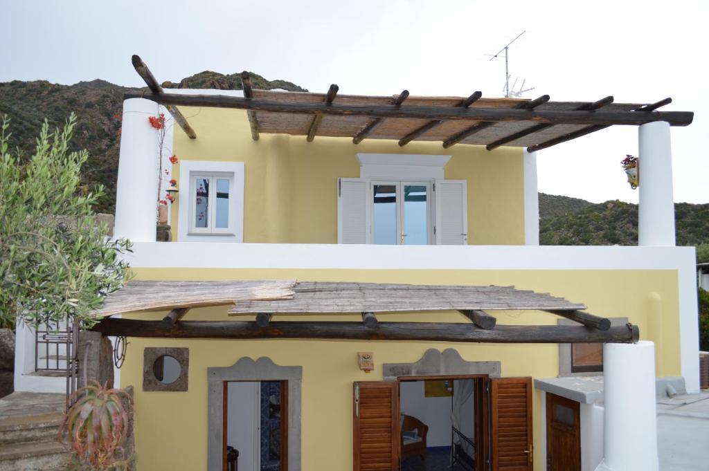 Appartamento acquamarina panarea italy booking.com