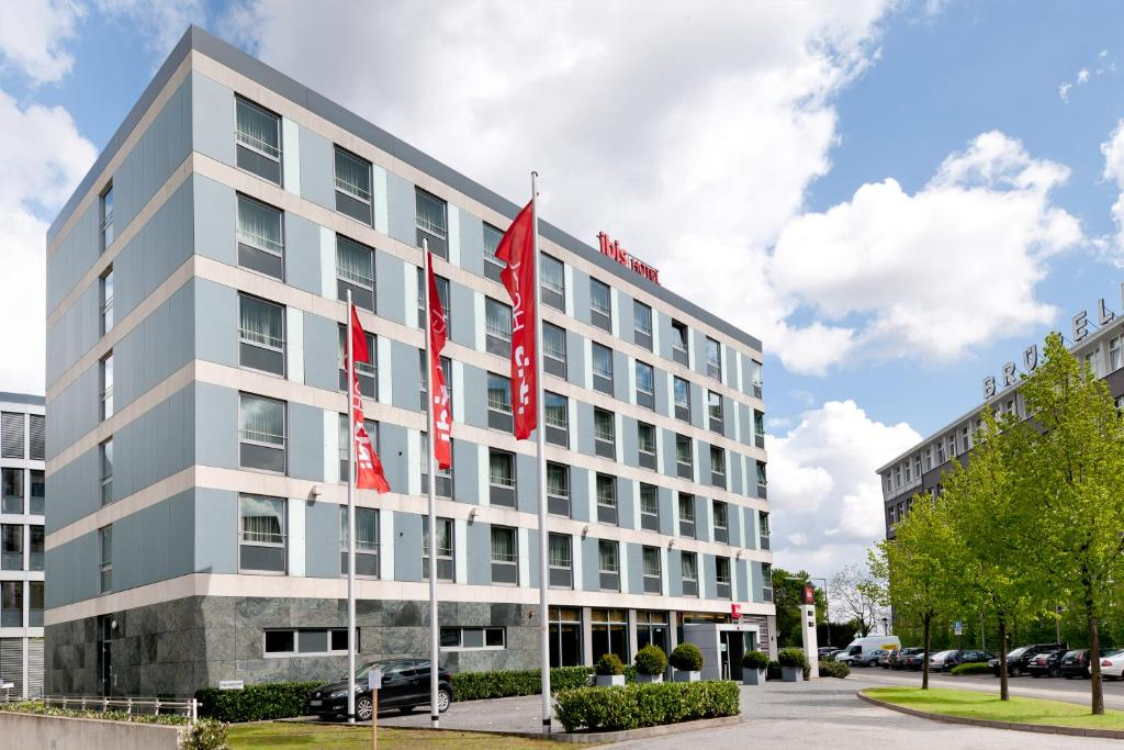 Goedkope Badkamers Duitsland : Hotel ibis köln messe duitsland keulen booking