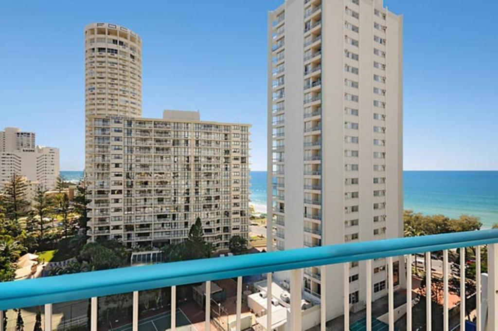 Quarterdeck Apartments, Gold Coast, Australia - Booking.com