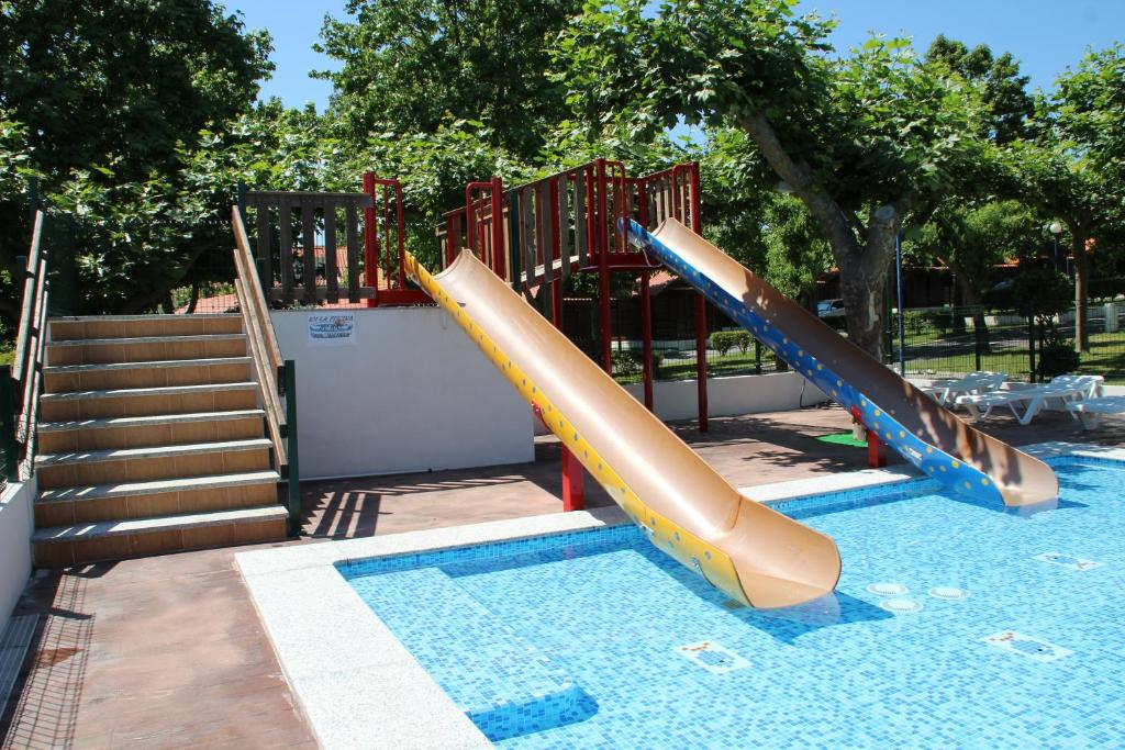Apartamento apart playa canelas espa a portonovo - Apartamentos en portonovo con piscina ...