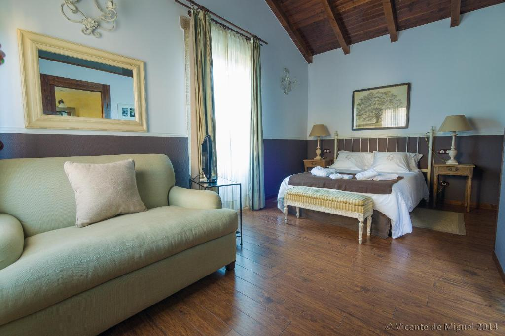 boutique hotels camarinas  22