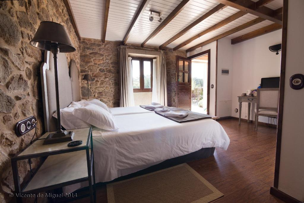 boutique hotels camarinas  24