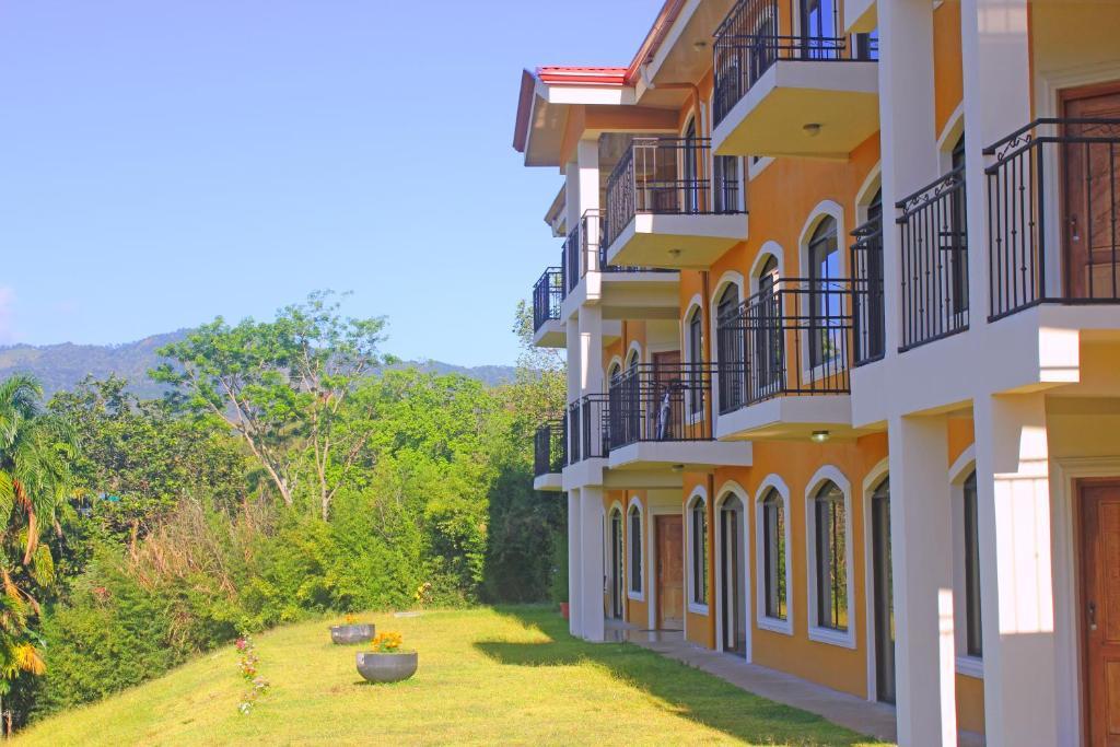 Apartments In Don Matías Alajuela