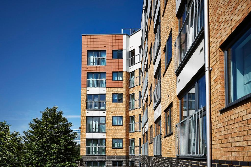 Marlin Apartments Stratford, London – Updated 2018 Prices