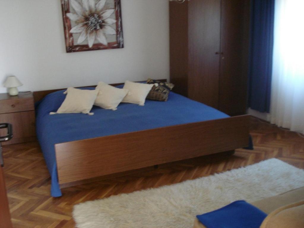Bureaux Meubles Xenia : Apartments xenia petrčane u tarifs