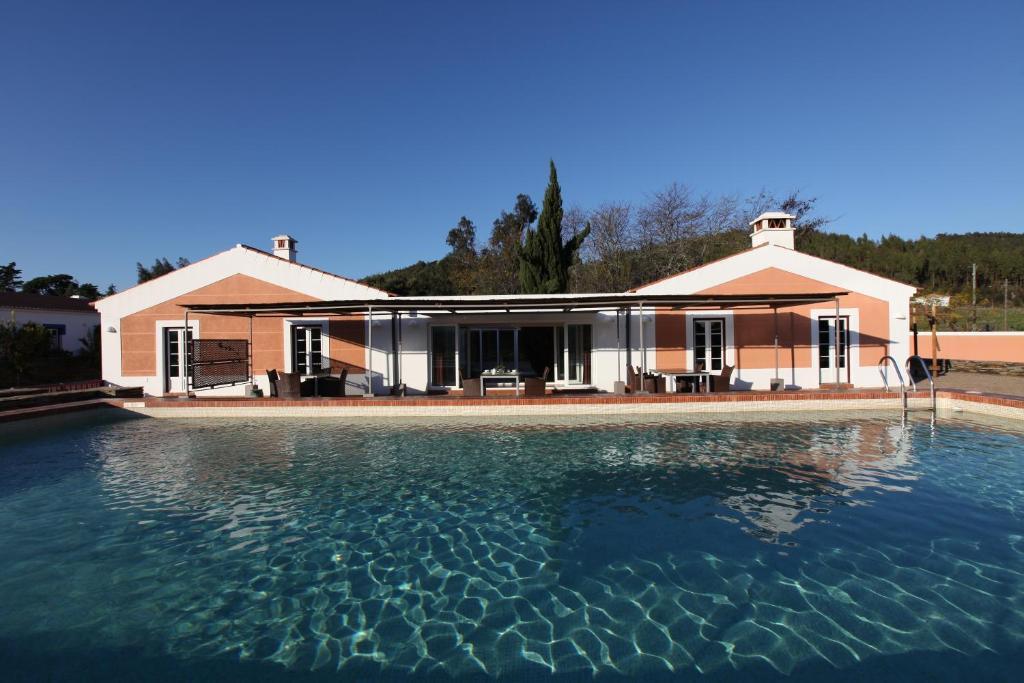 A piscina em ou perto de Naturarte Campo