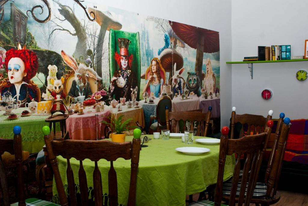 A restaurant or other place to eat at Multipass Hostel