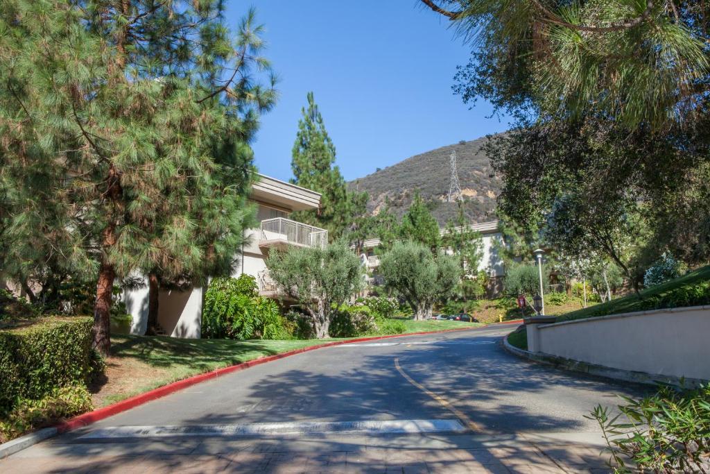 Apartment Oakwood Toluca Hills Los Angeles Ca Booking Com